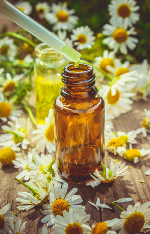 extract of chamomile in a small bottle - article end